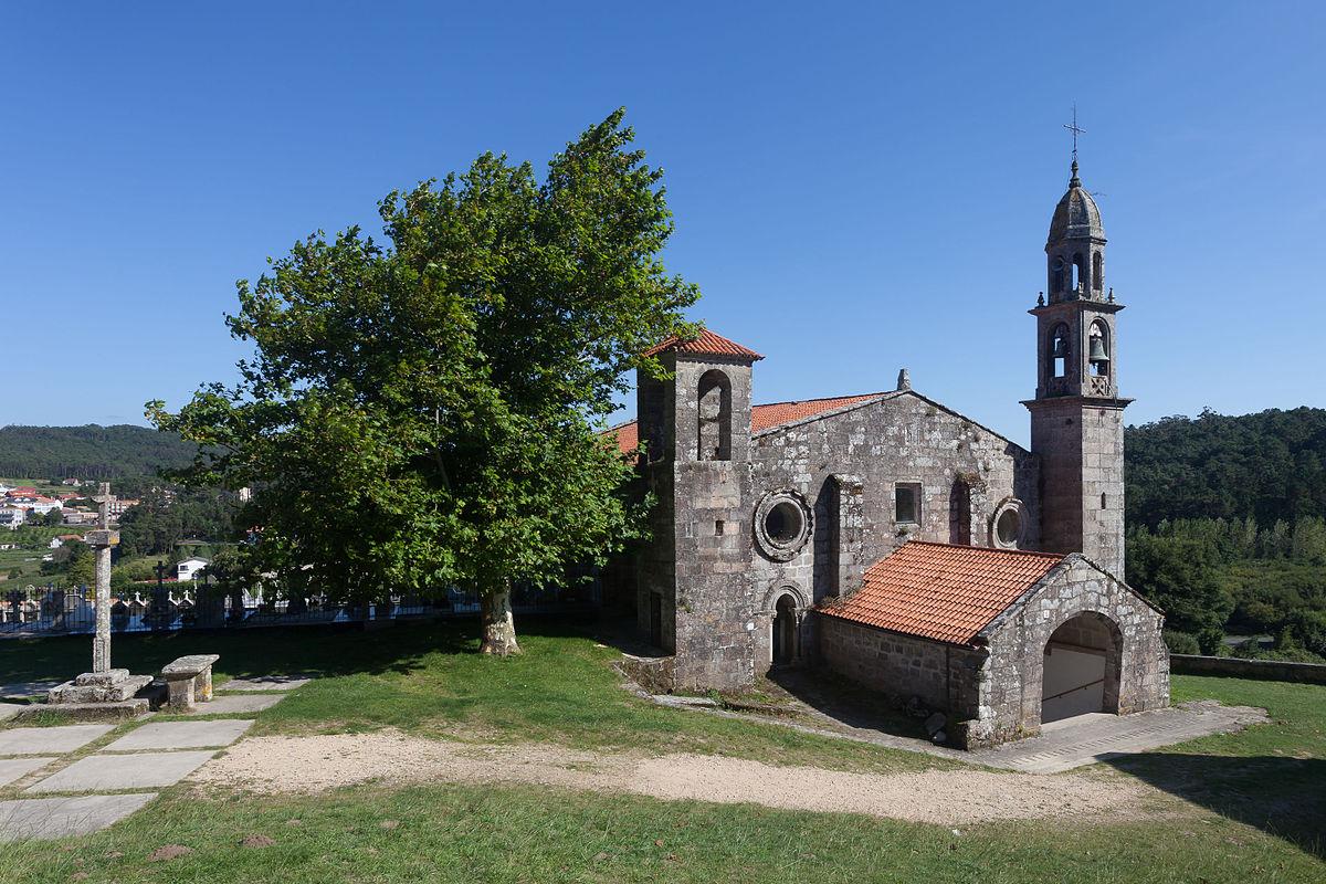 Igrexa de Xulián de Moraime Muxía - Foto: Luis Miguel Bugallo Sánchez (Wikipedia)